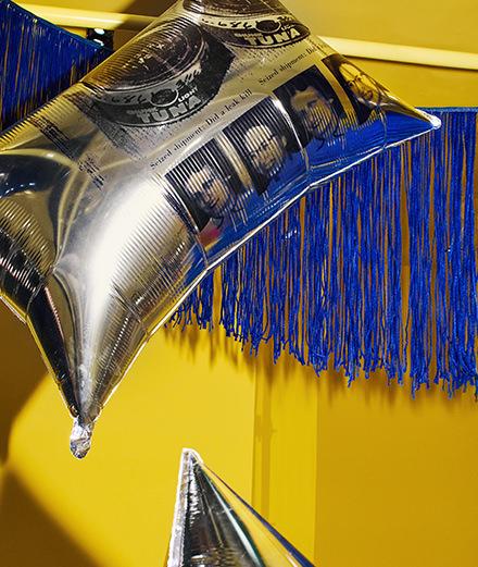 Une œuvre d'Andy Warhol dans un flagship Calvin Klein