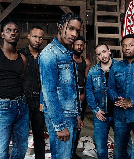 Quelles sont les nouvelles égéries de Calvin Klein Jeans sous l'ère Raf Simons?