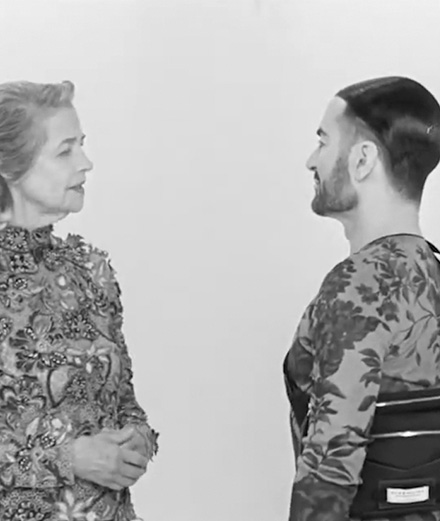 Charlotte Rampling gifle Marc Jacobs pour Givenchy