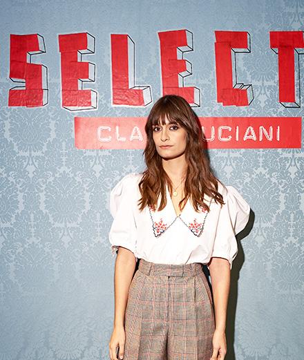 Miu Miu x Clara Luciani : la chanteuse dévoile ses pièces favorites