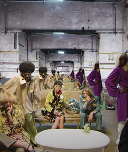 Un jeune label présente une collection en réalité virtuelle inspirée par Kurt Cobain et Coco Chanel