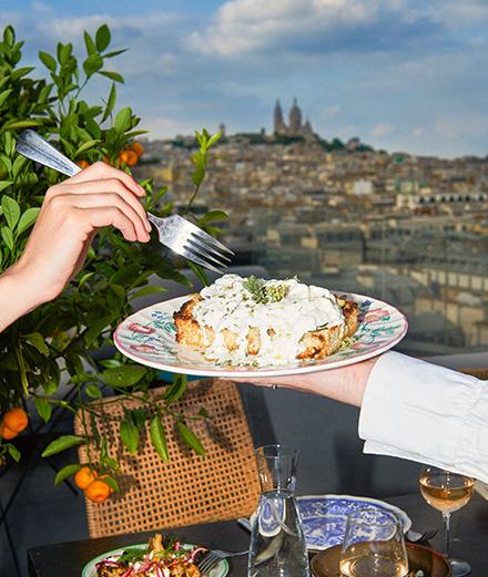 Le restaurant rooftop Créatures a vraiment la plus belle vue sur Paris