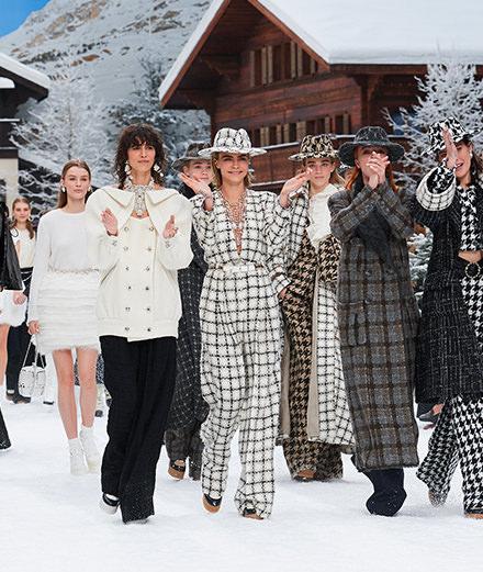 La dernière collection de Karl Lagerfeld pour la maison Chanel