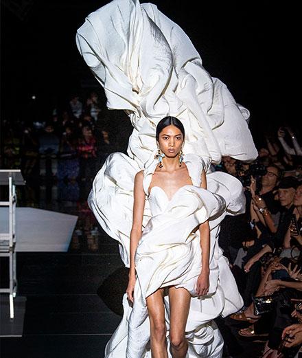 Le défilé Schiaparelli haute couture automne-hiver 2019-2020