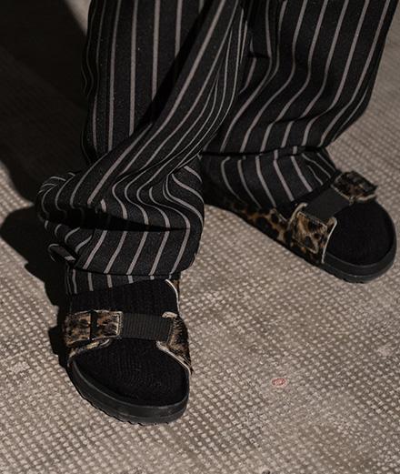 Stefano Pilati x Birkenstock: des sandales fourrées ou imprimées