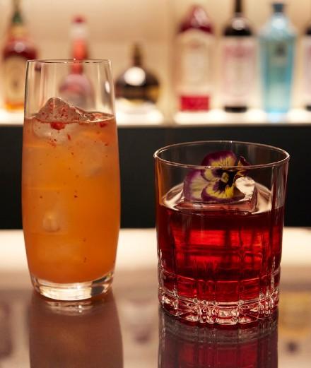 Les recettes des cocktails Negroni et Rossini d'Emporio Armani Caffè