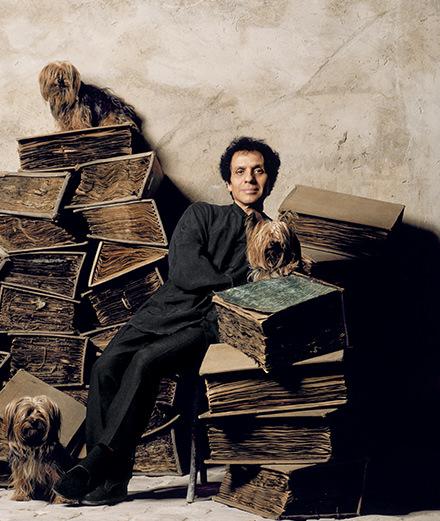 La Fondation Azzedine Alaïa rend hommage à l'immense couturier