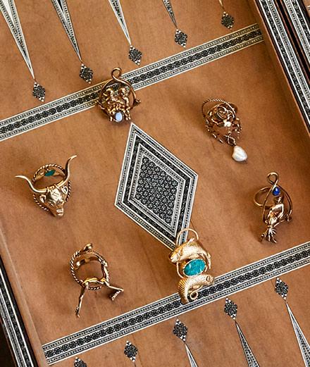 La première collection de bijoux de Clare Waight Keller pour Givenchy