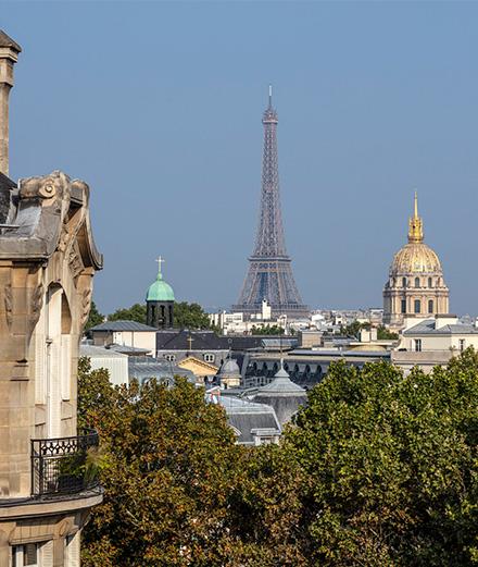Quel hôtel parisien a réçu la certification palace?