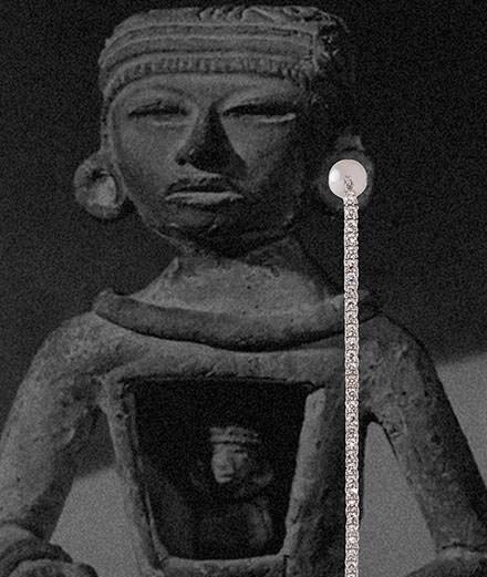 Statues mayas et écarteurs d'oreilles inspirent la nouvelle collection de joaillerie de Kim Mee Hye