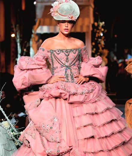 15 défilés inspirés par Marie-Antoinette