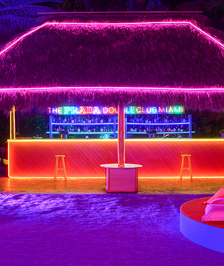 En images : à Miami Art Basel, Prada inaugure son Prada Double Club avec Carsten Höller