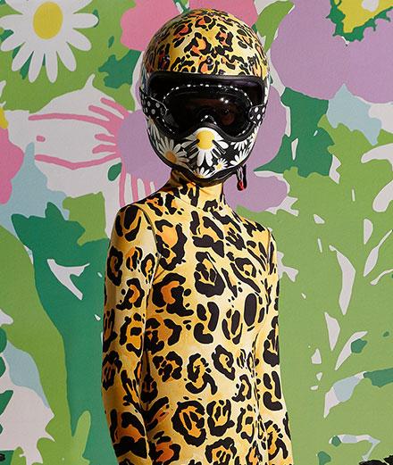 L'extravagante collection de Richard Quinn pour Moncler arrive en boutique
