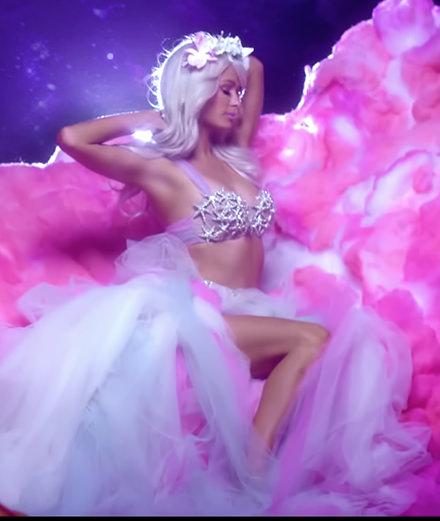 Comment la mode a sauvé Paris Hilton