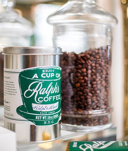 Ralph Lauren installe un café éphémère pendant la Fashion Week