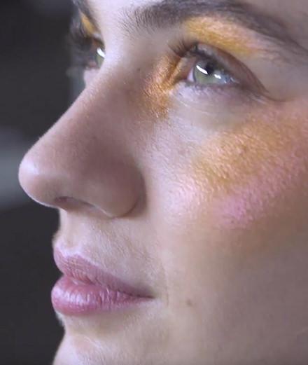 Vidéo : dans les backstages du défilé Kenzo avec M.A.C Cosmetics