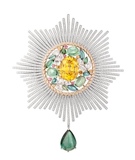 Le rêve russe de Chanel magnifié par une nouvelle collection de haute joaillerie