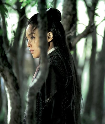 """Portrait de l'actrice Shu Qi, héroïne sublime du chef-d'œuvre """"The Assassin"""" de Hou Hsiao-hsien"""