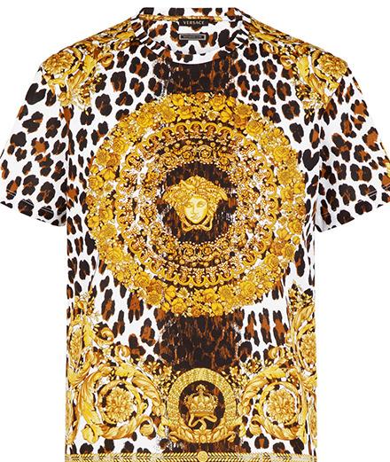 Versace : une collection de tee-shirts en hommage à Gianni