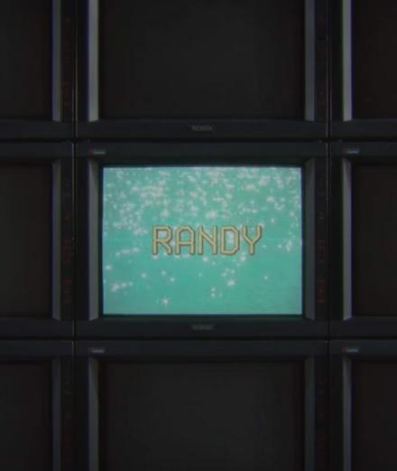 """Justice revient en force avec le clip """"Randy"""""""