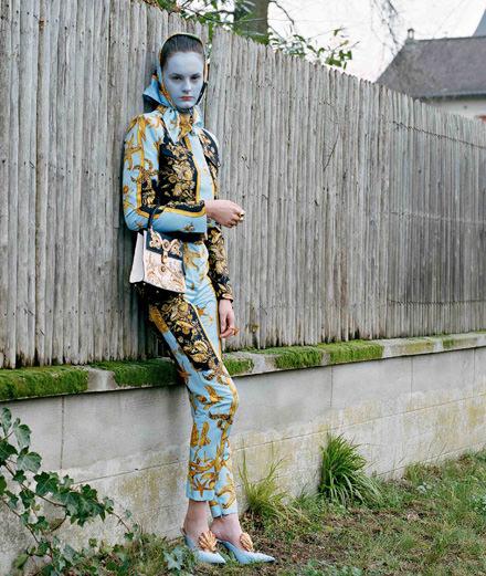 """""""Étrange étrangère"""", a fashion story by Estelle Hanania"""