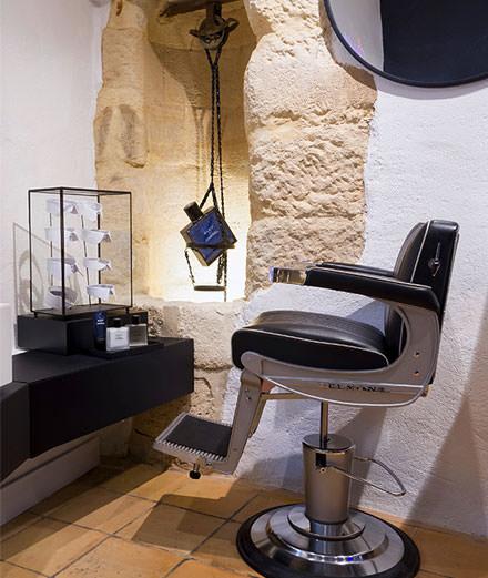Découvrez le barbier de Chanel