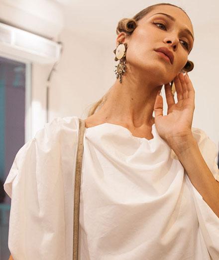 Backstage : le défilé Vivienne Westwood printemps-été 2020 vu par Mehdi Mendas