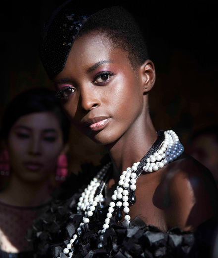 Backstage : Armani Privé Fall-Winter 2018-2019 fashion show seen by Mehdi Mendas