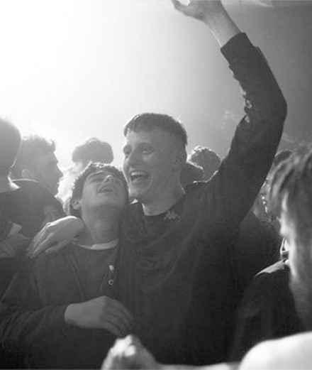 """Beats"", un film sur la culture rave entre ""La Haine"" et ""Trainspotting"""