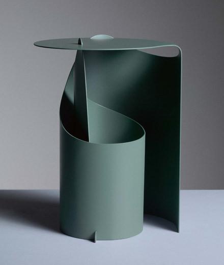 L'objet du jour : le guéridon origami d'Aldo Bakker