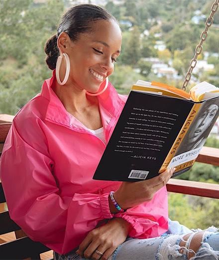 Alicia Keys livre tous ses secrets en vidéo