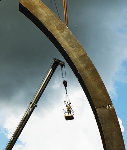 La plus grande sculpture publique d'Europe habille une autoroute belge