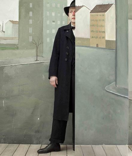 Portfolio : l'imagerie rêveuse de Paolo Ventura célébrée par Giorgio Armani