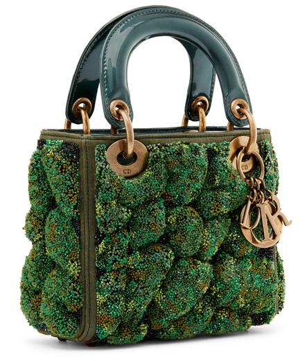 11 femmes artistes réinventent le sac Lady Dior