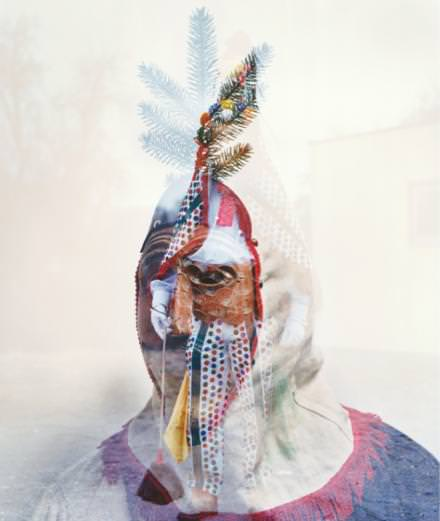 """""""Utopia 1"""", le recueil d'images barrées et psyché des artistes Misha Hollenback et Shauna Toohey"""