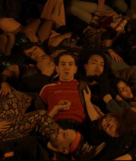 """Le groupe Bagarre dévoile son nouveau clip """"Danser Seul (ne suffit pas)"""" : une nouvelle pépite entre techno et rap"""