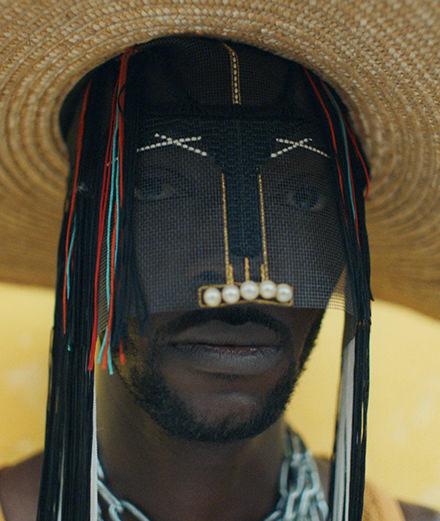 Découvrez Baloji, le rappeur qui nous immerge dans un Kinshasa halluciné