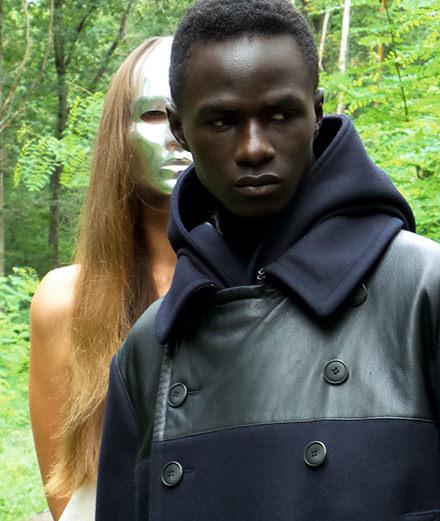 Le cinéaste Bertrand Bonello réalise une série mode exclusive pour Numéro Homme