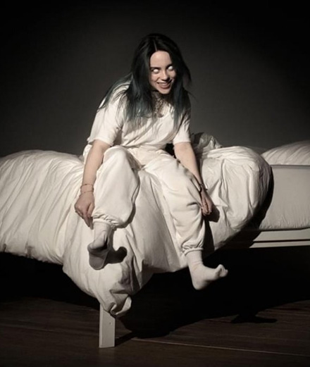 Billie Eilish signe la BO du prochain James Bond