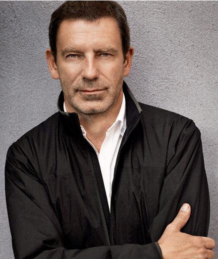 Tomas Maier célèbre ses 15 ans à la tête de Bottega Veneta