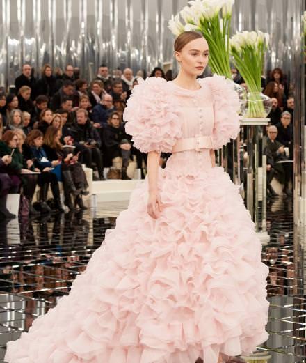 Le défilé Chanel haute couture printemps-été 2017