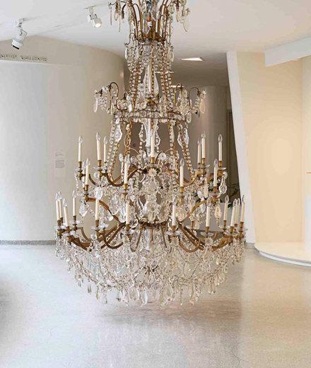 l exposition de danh vo take my breath away au solomon r guggenheim de new york. Black Bedroom Furniture Sets. Home Design Ideas