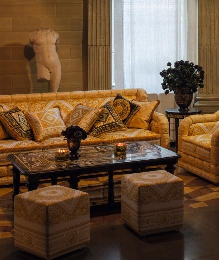 Visitez le salon de Donatella Versace
