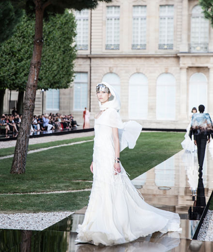 Givenchy Fall-Winter 2018-2019 couture fashion show seen by Mehdi Mendas