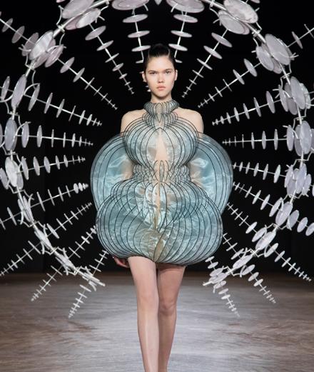 Le défilé Iris van Herpen haute couture automne-hiver 2019-2020
