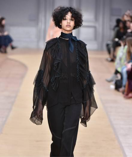 Chloé fall-winter 2016-2017 runway show