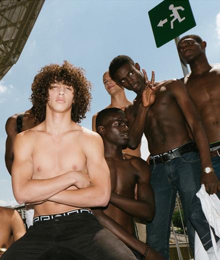 Exclusif : le défilé Versace printemps-été 2017 vu par Yulya Shadrinsky