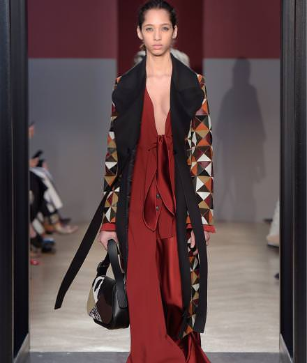 Sportmax fall-winter 2016-2017 runway show