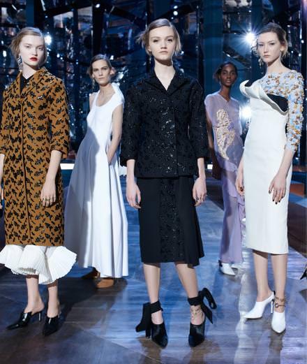 La vidéo du défilé Dior haute couture printemps-été 2016