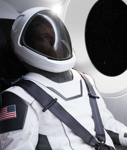 Elon Musk's astronauts dressed by Hollywood